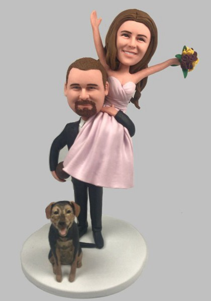 Custom Personalized Wedding Bobblehead-Groom Carry Bride(with pet)