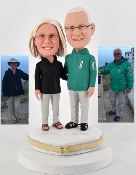 Custom Custom Hiking Couple Bobblehead