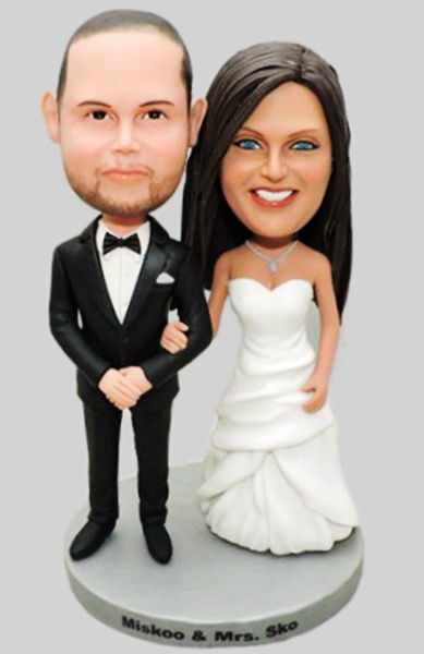 Custom Classical wedding bobbleheads with white wedding dress and black tux