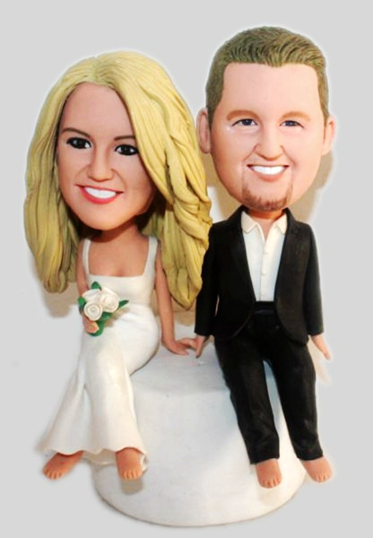Custom Custom sitting wedding cake toppers